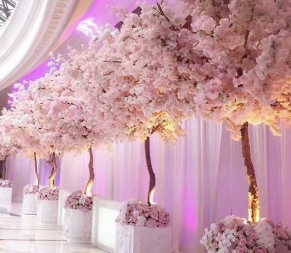 Tree Themed Wedding Ideas: How To Display Them At A Wedding